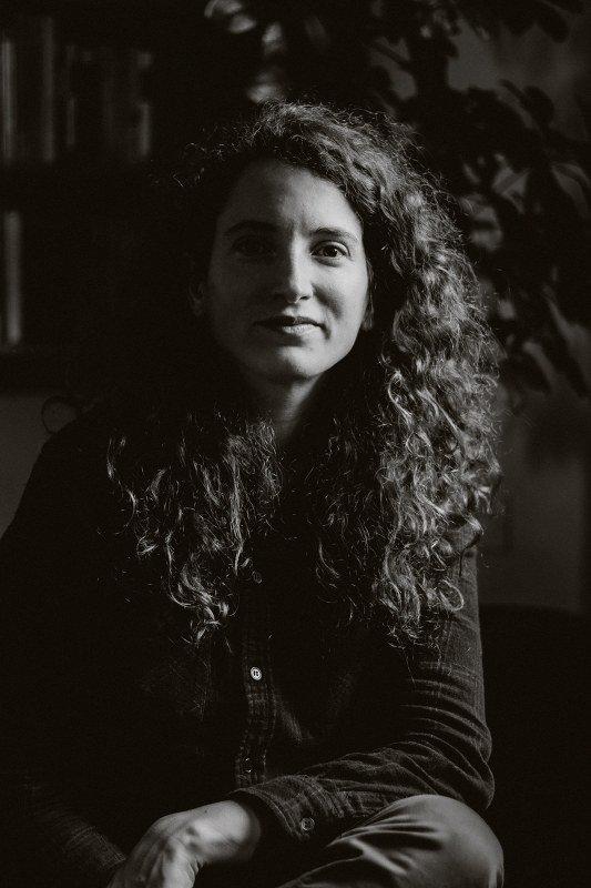 Romi Cruañas. Contatto. Photographed by Elena Cristofanon