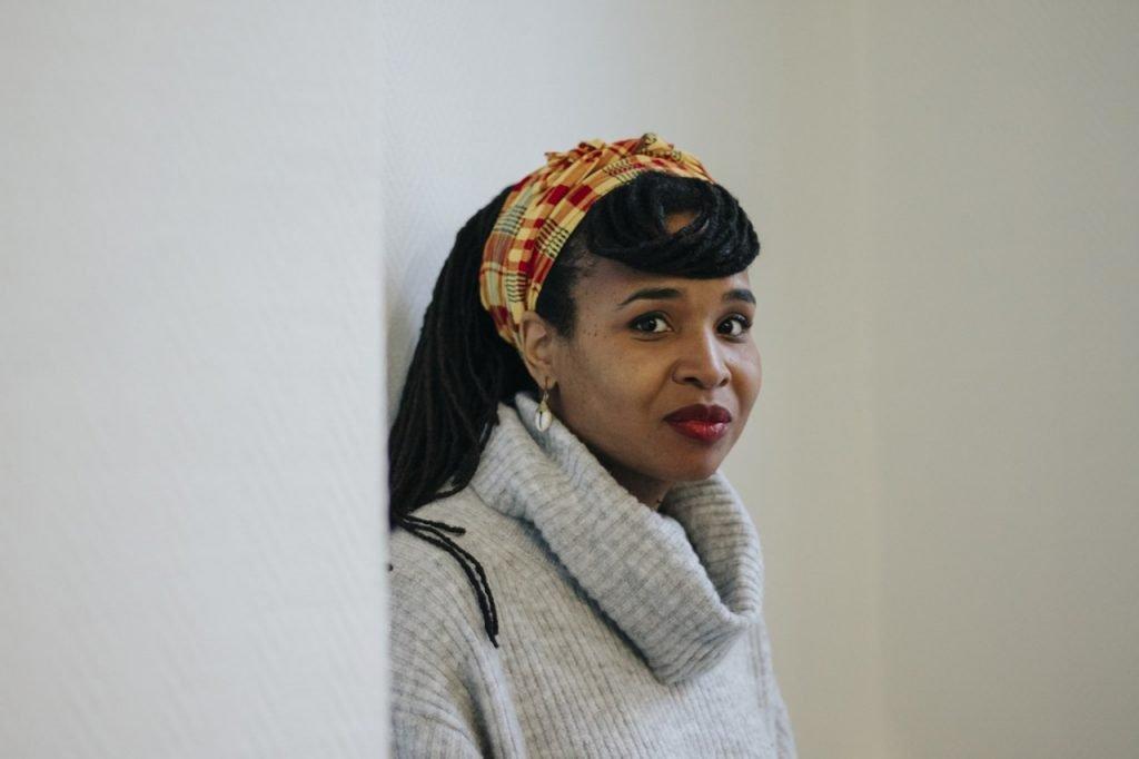 Ines Khai. Contatto. Photographed by Elena Cristofanon