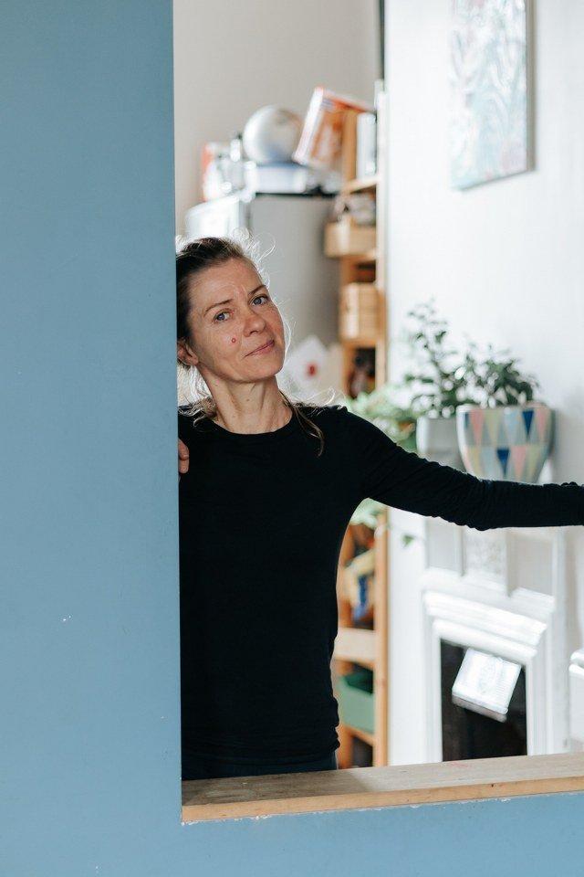 Simona Roveda. Contatto. Photographed by Elena Cristofanon